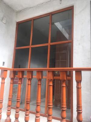 Casa Recien Remodelada Con Mucha Iluminación
