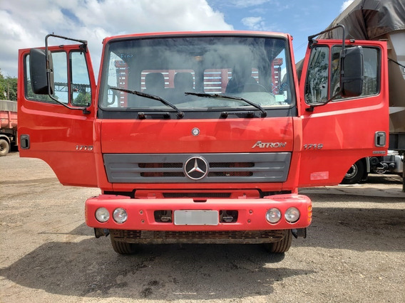 Mercedes-benz 1719 4x2 Ano 2015/2016 No Chassi impecável !!!