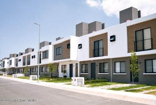 Departamento En Renta En Zakia, El Marques, Rah-mx-20-1305