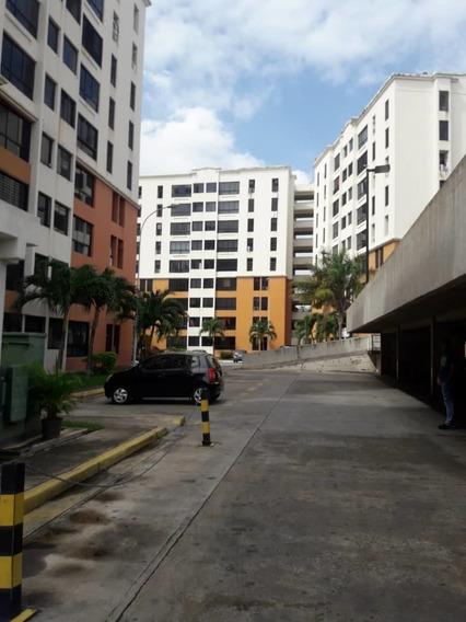 Hermoso Apartamento En La Urb Bosque Alto 04121301093
