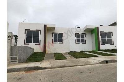 Casas Nuevas En Venta En Fracc. Jardines Del Pedregal, Berriozabal, Chiapas.