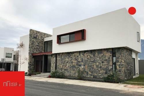 Casa En Valles De Cristal, Monterrey