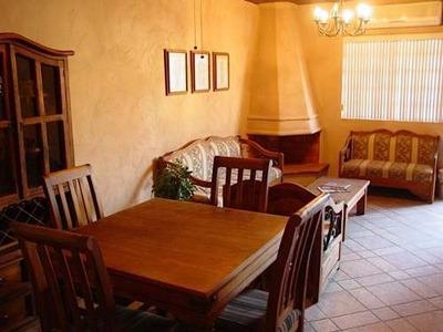 Renta De Townhouse Amueblado En San Pedro Garza García, N.l.