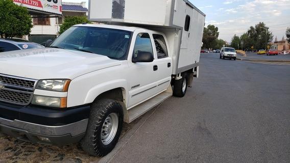 Chevrolet Silverado 8 Birlos Motor 6.0