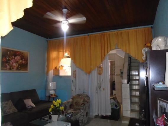 Casa Assobradada, Com 02 Dormitórios, Opção De Mobiliado, Rua 21 De Abril, Próximo Ao Metrô - Brás. - Md570