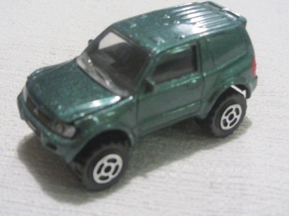 Miniatura Mitsubishi Pajero Full 3p Ano 2000 - Majorette