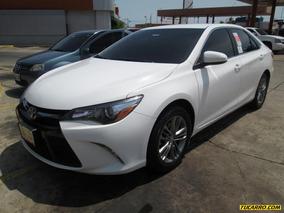 Toyota Camry Se 4p - Automatico