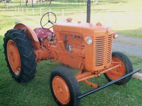 Trator Antigo Fiat 25r Para Colecionador Trator A Gasolina