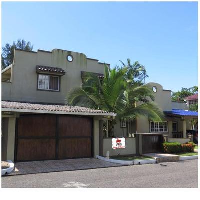 Se Vende Casa En Maria Chiquita #18-7689 **hh**