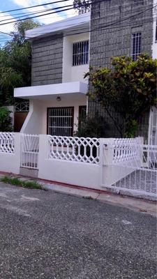 Alquilo Hermosa Casa En El Km 7 De La Independencia