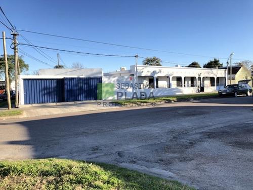Muy Linda Casa 3 Dormitorios En San Carlos- Ref: 295