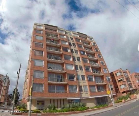 Apartamento En Venta Chico Norte 20-515