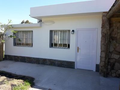 Alquilo Casa En Salinas Sur A Estrenar, Media Cuadra Rambla.