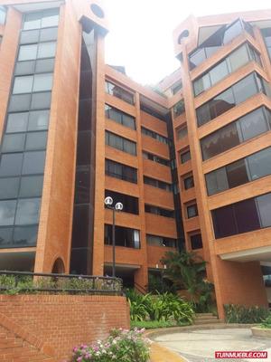(a) Apartamento En Alquiler Valle Arriba. 220 M2