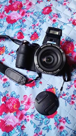 Máquina Fotográfica Fuji Semi Profissional