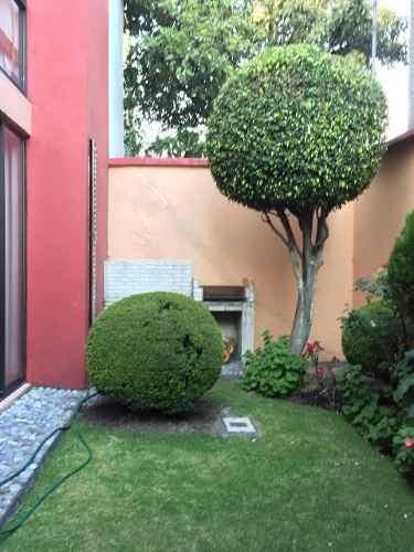 Bonita Casa 168m2t, 207m2c, 3 Recs, 2 Autos, Jardin