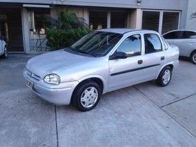 Chevrolet Corsa Classic 1.6 Gl - Financio