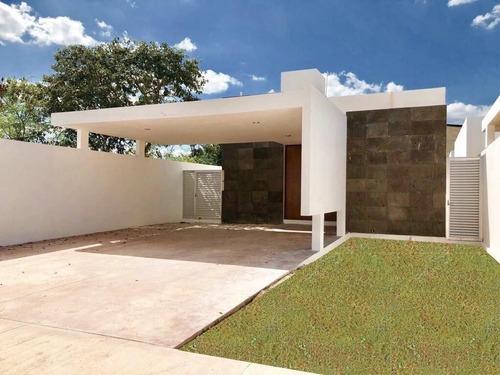 2 Hermosas Residencias Una Planta En La Mejor Zona De Dzityá