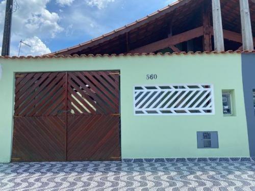 Casa Para Financiamento Bancário Na Praia De Mongaguá
