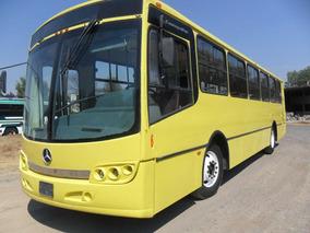 Autobus Cosmopolitan 2010