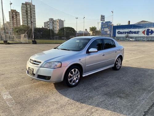 Chevrolet Astra Gls 2.0 8v Nafta