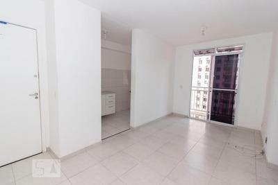 Apartamento No 6º Andar Com 2 Dormitórios E 1 Garagem - Id: 892927000 - 227000