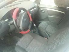 Nissan Aprio 4p Base 5vel 2008