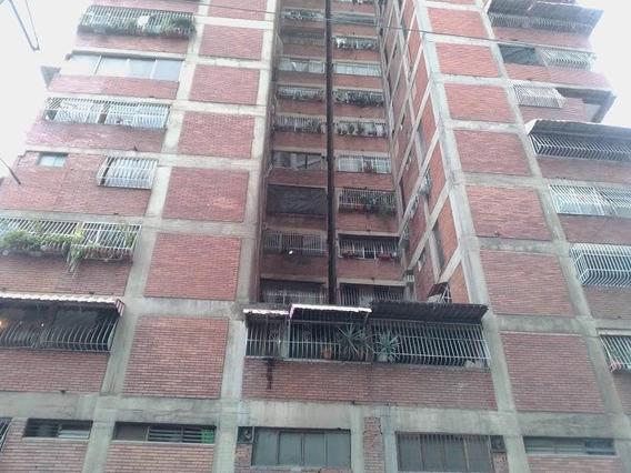 Apartamento En La Candelaria Mls#20-4251md