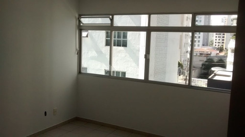 Imagem 1 de 15 de Locacao 2 Dormitórios Sem Vaga - Itaim - R$ 3.200+condominio+iptu - Pj46466