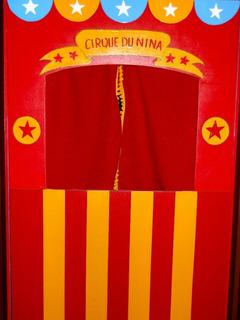 Teatro Para Titeres Juguete Didactico 82cm X 74cm Circo