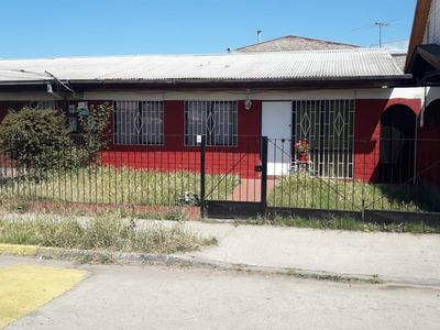 Casa En Condominio, 3 Dormitorios 1 Baño Excelente Ubicacion