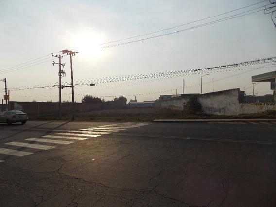 Terreno En Venta En Cacalomacán.
