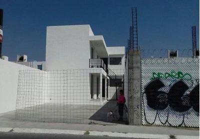 Remate De Plaza Comercial En Av. Principal En La Col. Geovillas A Espaldas Del Blvd Bernardo Quintana En Querã©taro