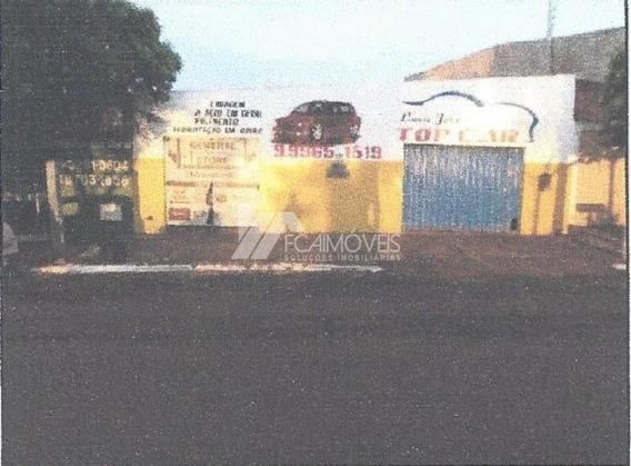 Avenida Dr Eduardo Brandão De Azeredo, Santa Vitória, Santa Vitória - 476094