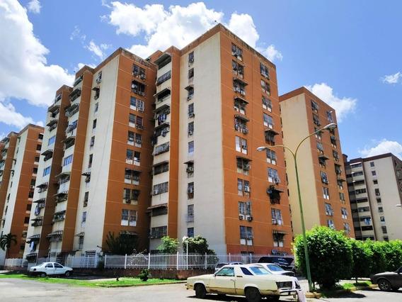 Apartamento En Alquiler En Turmero #20-22506 Aea