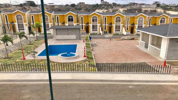 Venta De Exclusiva Casa En Conjunto Habitacional Rania
