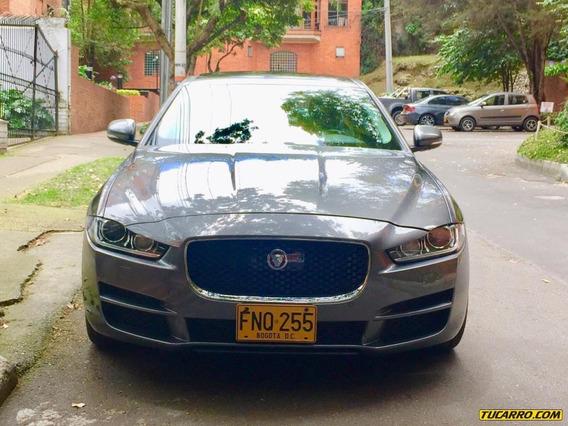 Jaguar Xe 2.0 L Prestige