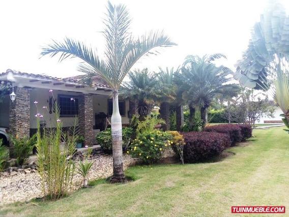 Casa En Venta Safari Country Club Valencia 19-14214 Acrr