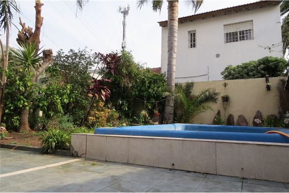 Venta Casa Lomas.3 Dormitorios 2 Cocheras Y Parque
