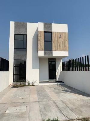 Casa En Venta En Bugambilias Plan De Ayala Sur, Tuxtla Gutiérrez