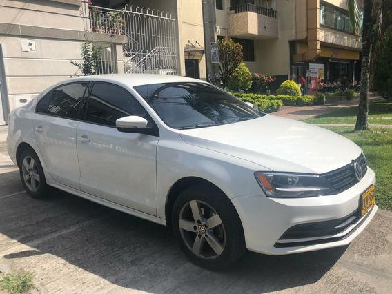 Volkswagen Nuevo Jetta 2.0cc Automático
