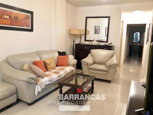 Departamento Tres Ambientes Con Cochera - Avenida Del Carril 3100