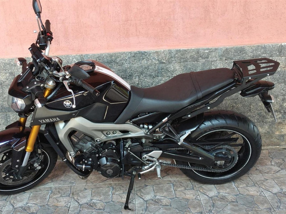 Mt 09 2015 Abs 11.000 Km