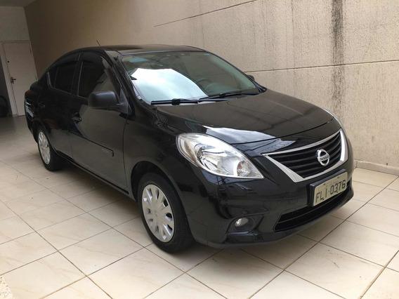 Nissan Versa 1.6 16v S Flex 4p 2014
