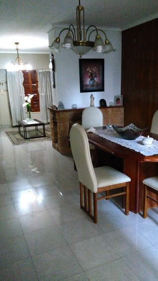 Venta Casa - Chalet En La Plata
