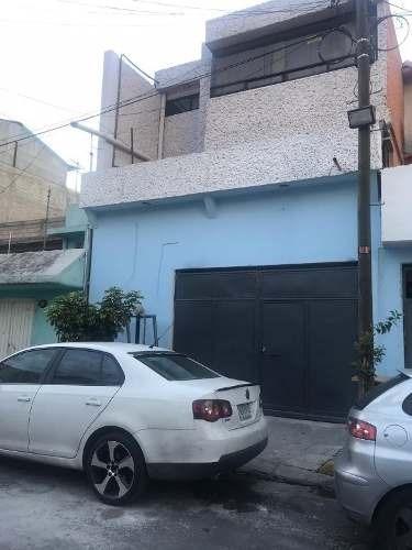 Casa En Venta En Ejercito De Agua Prieta, Iztapalapa.