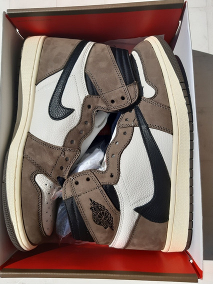 Sneakers Air Jordan Retro 1 Travis Scott