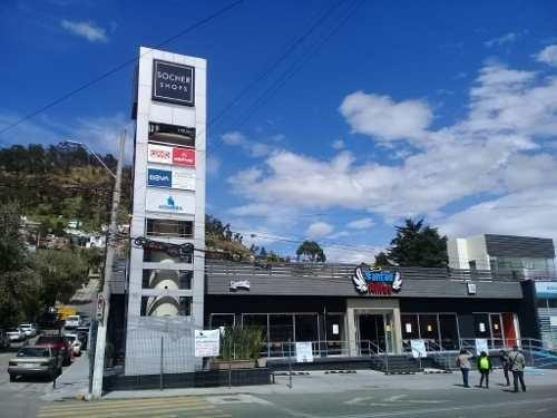 Renta De Local En Pequeña Plaza Comercial