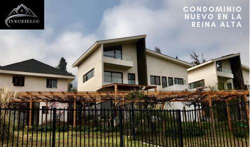 Imagen 1 de 12 de Casa En Venta En Exclusivo Condominio En La Reina- 4d- Nueva