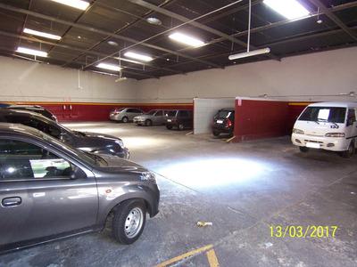 Estacionamiento/ Terreno En Cordón Con Renta